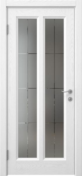 Межкомнатная дверь FK015 (шпон ясень белый / стекло решетка)