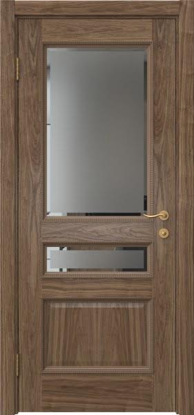 Межкомнатная дверь SK015 (шпон американский орех / стекло с фацетом)