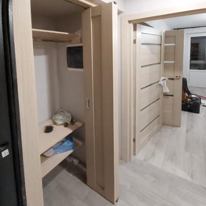 Установка складной двери в шкаф | Мытищи